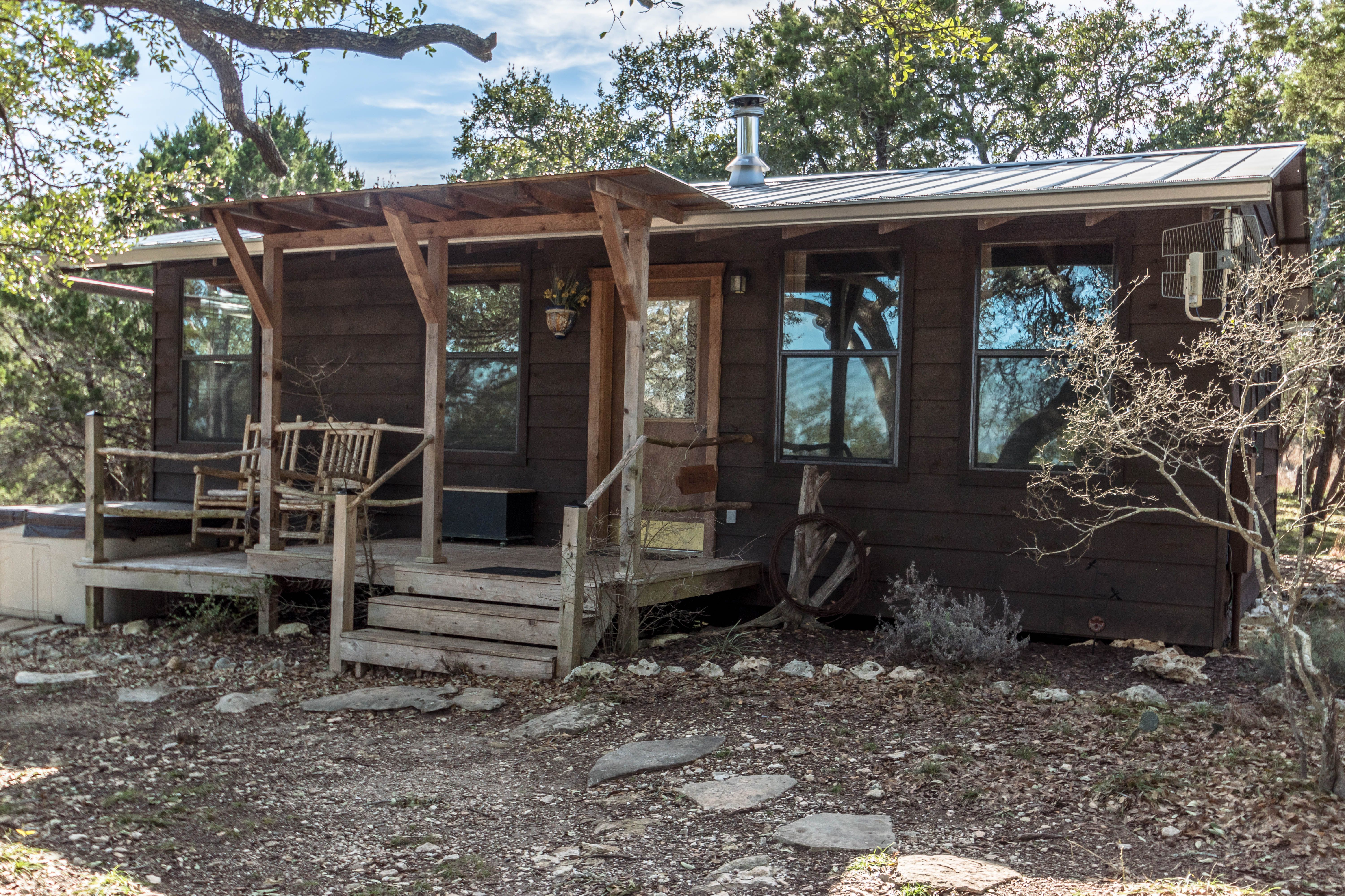 del front and the for secluded frio area river posada img spectacular cabins private rent views on