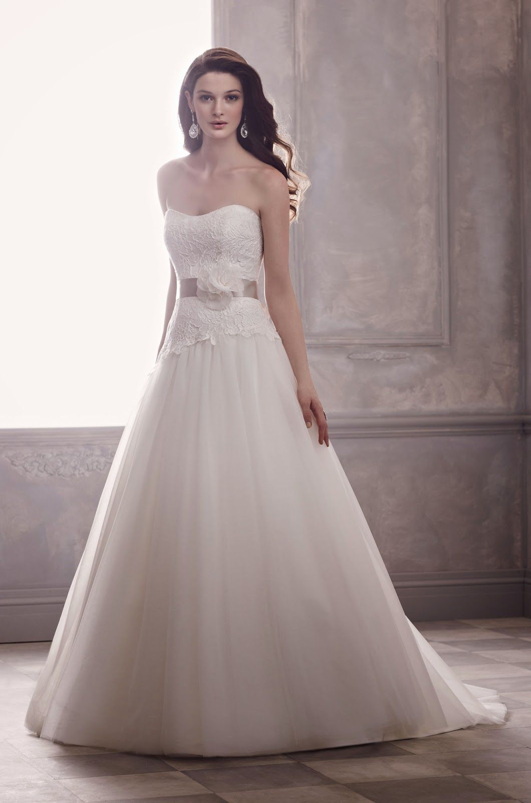 Pear Shaped Body Wedding Dress