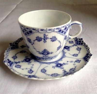 Royal Copenhagen Blue Fluted Full Lace  Antique 1.sort cup