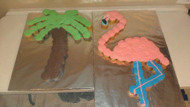 Palm Tree and Flamingo Cupcake Cakes