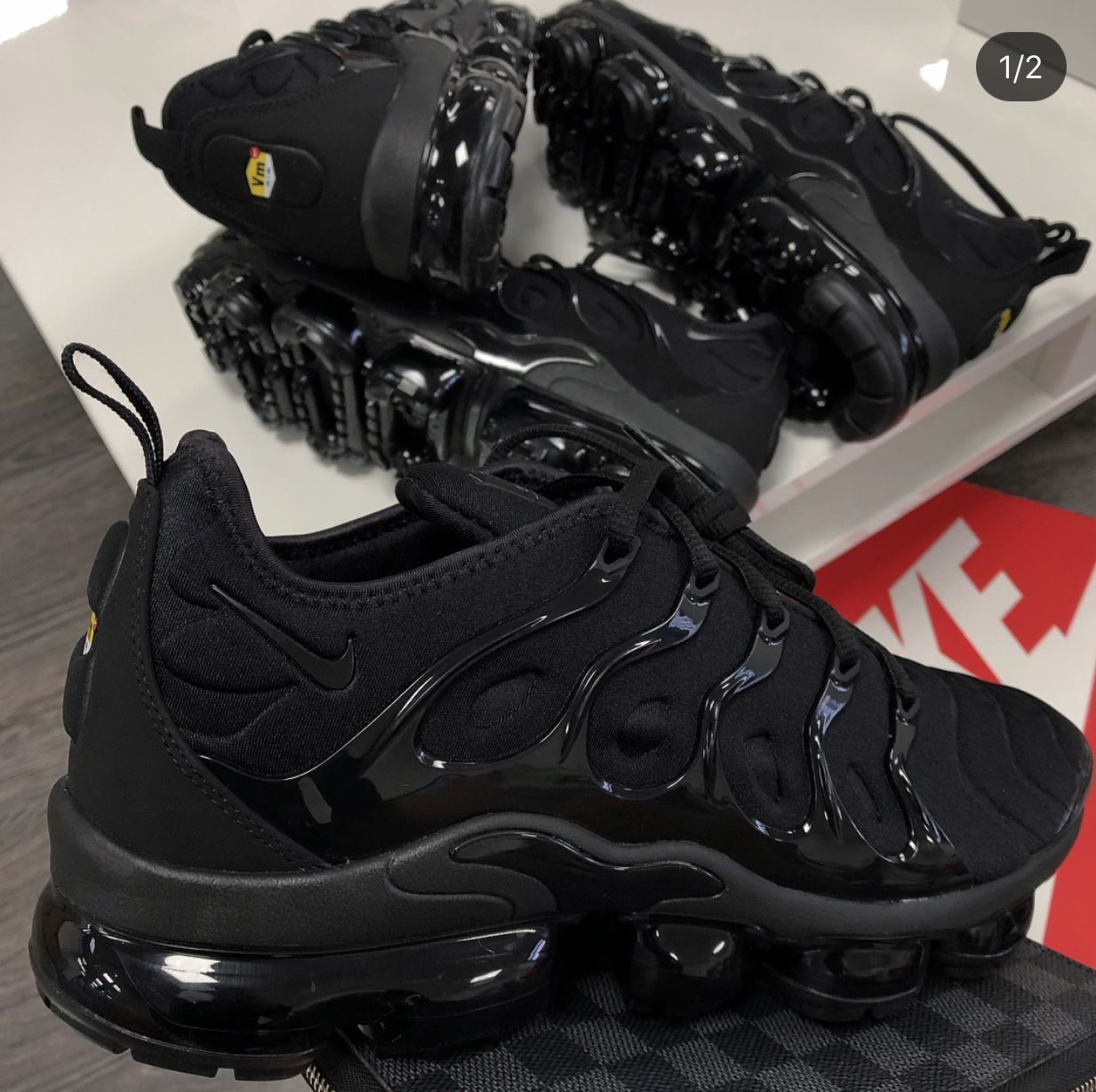 cheaper 76e1d 0a394 Sneaker Con Tacchi, Scarpe Col Tacco, Scarpe Nike, Cestini, Pantaloni Da  Donna, Abbigliamento Sportivo, Zeppe, Calze, Vestirsi, Scarpe Da Ginnastica