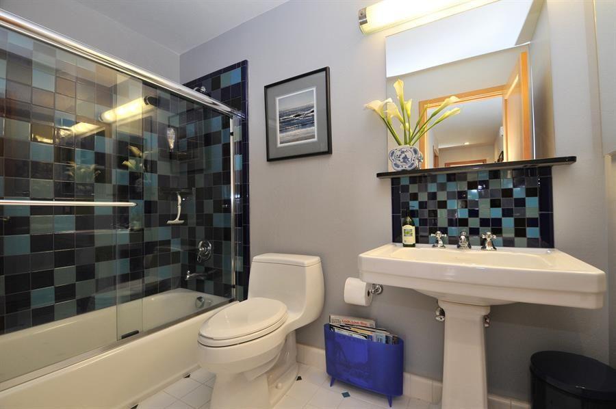 Backsplash For Pedestal Sink Google Search Bathrooms Remodel