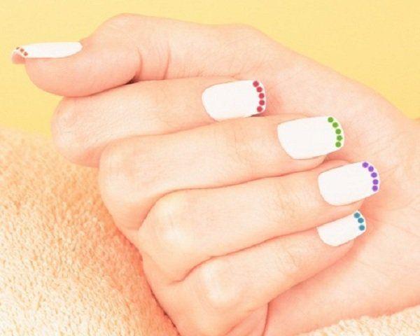Simple polka dot nail art - 30 Adorable Polka Dots Nail Designs  <3 <3