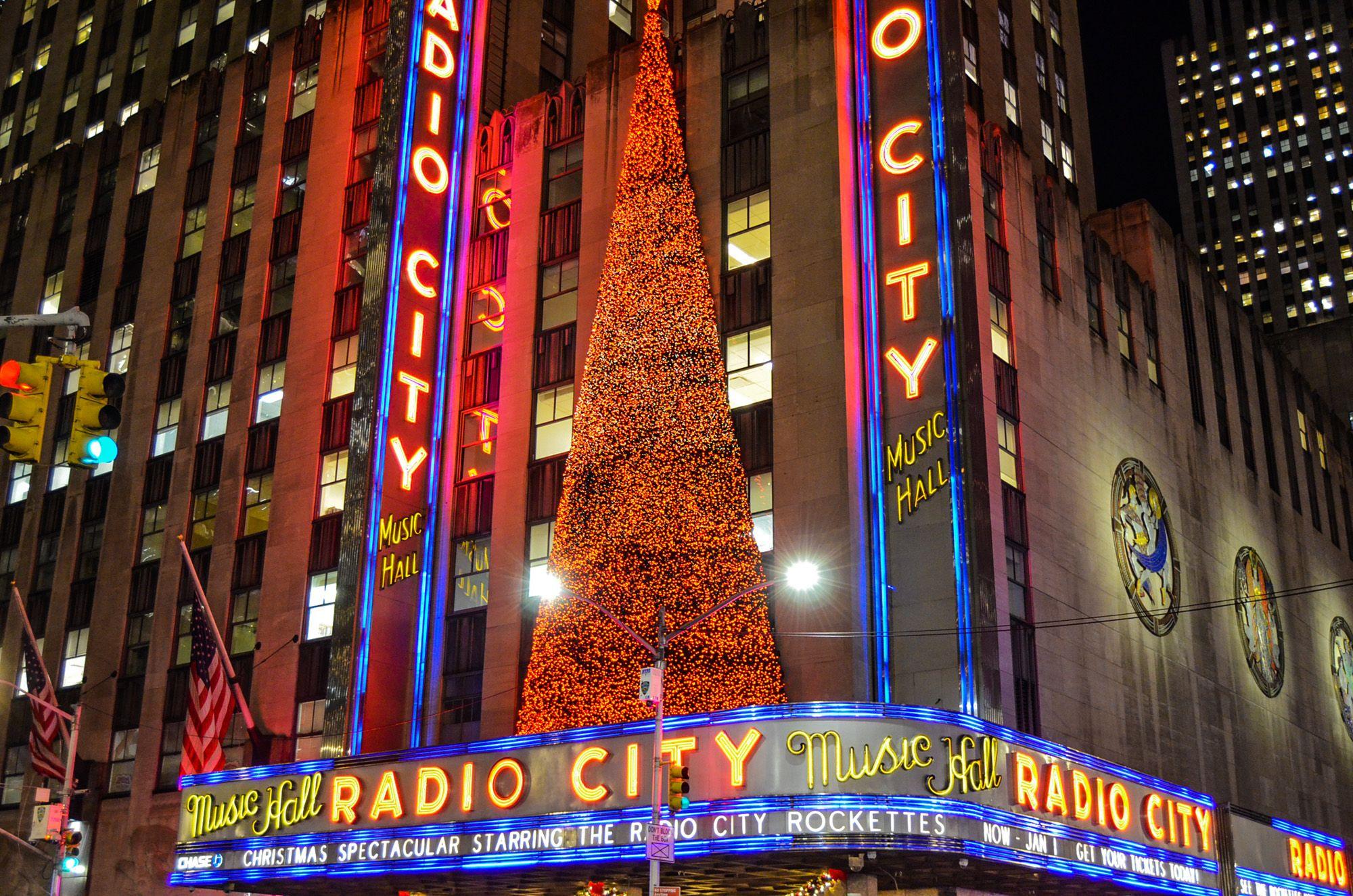 Radio City Hall Music, Ruta andando por Manhattan