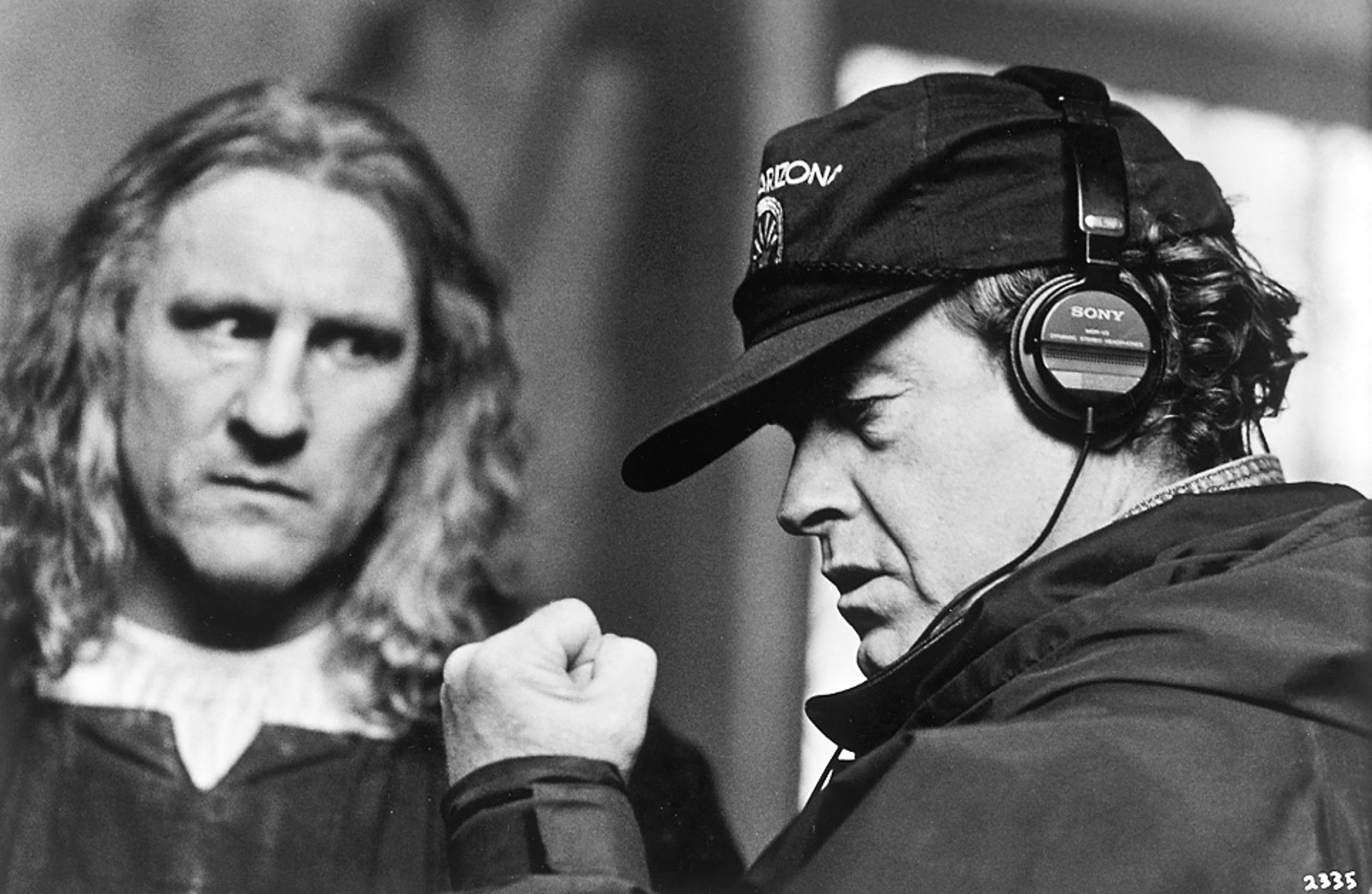 gerard depardieu as christopher columbus reacts to director ridley