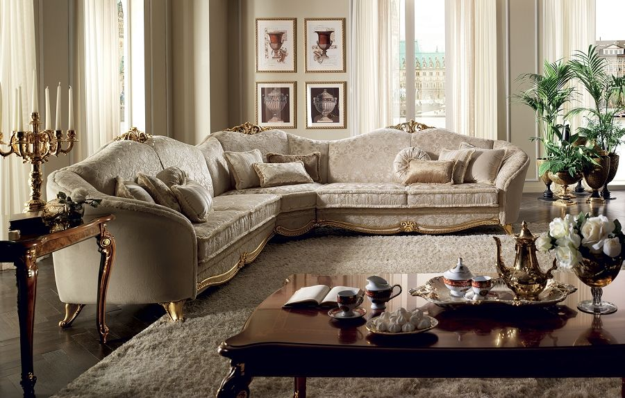 Donatello Sectional Sofa With Images Italian Classic Sofa Luxury Italian Furniture Italian Furniture Living Room