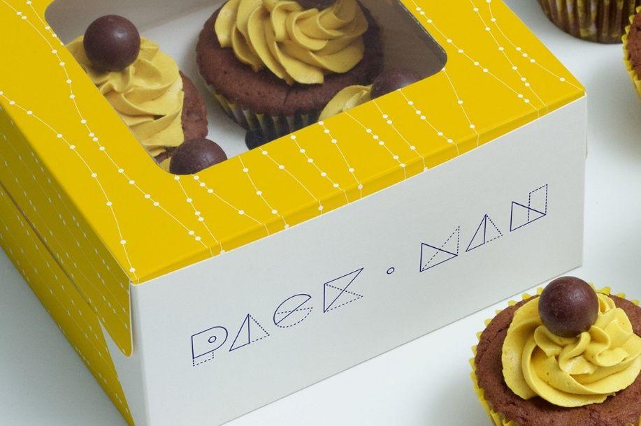 Download Realistic Cupcake Mockup Psd Free Download Box Mockup Mockup Psd Cupcake Boxes