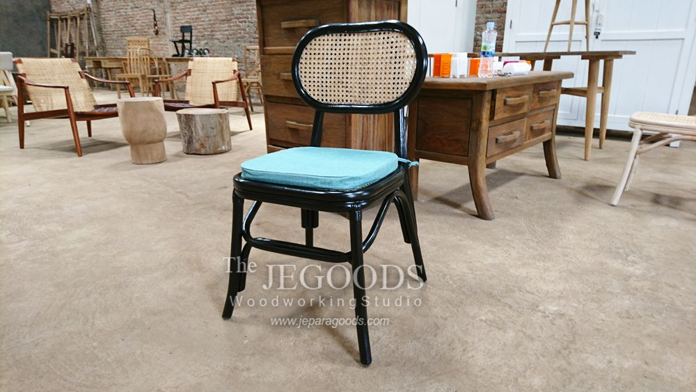 Cane chair in black finish. We design, manufacture and supply furniture ideal for private house or hospitality projects such as hotel, cafe, bar and restaurant. Available at #wholesale price.   #stockchair #canechair #furnituremanufacturer #danishfurniture #jeparagoods #vintagefurniture #retrofurniture #modernfurniture #hotelchair #cafechair #kursicafe #kursihotel #modernchair  #scandinaviafurniture #retrochair #midcenturyfurniture #indonesiafurniture