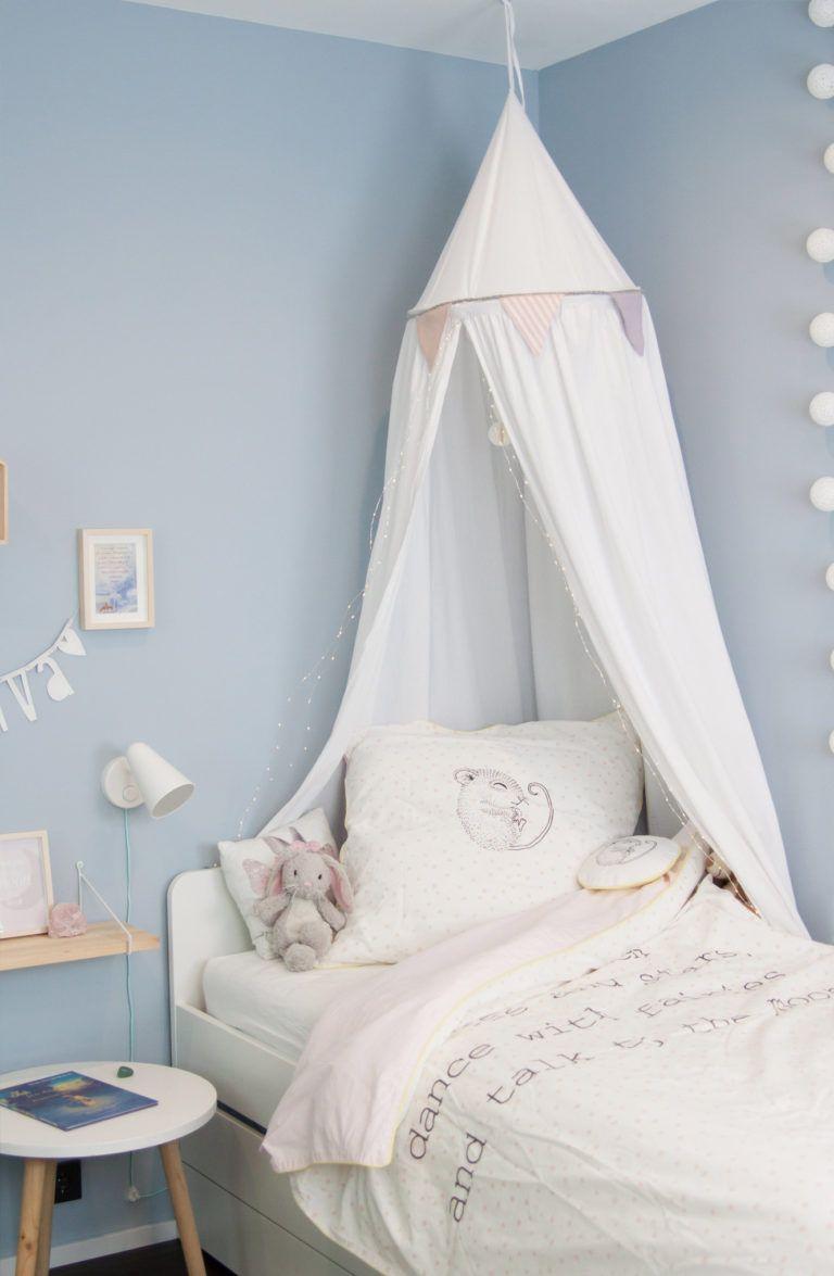 Kinderzimmer Fur Madchen In Hellblau Soul Follows Design Kinder Zimmer Kinderzimmer Zimmer Madchen