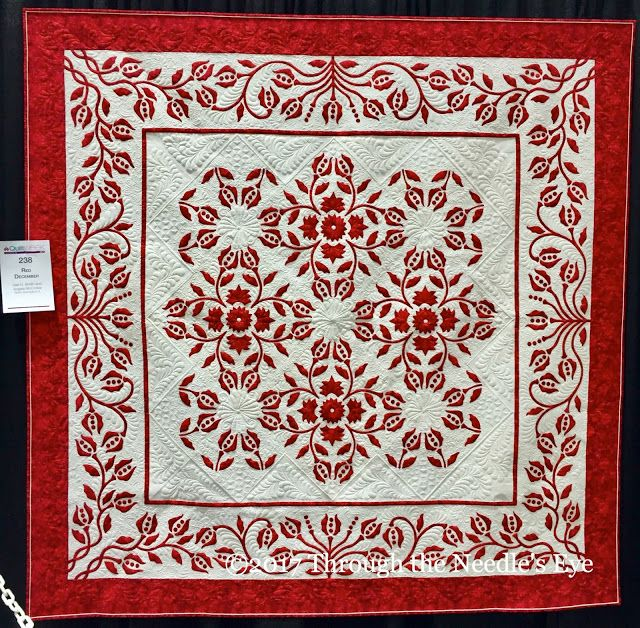 AQS QuiltWeek Lancaster 2017: Red December, Gail H. Smith and Angela McCorkle; North Barrington, IL