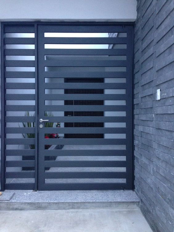 40 Spectacular Front Gate Ideas and Designs