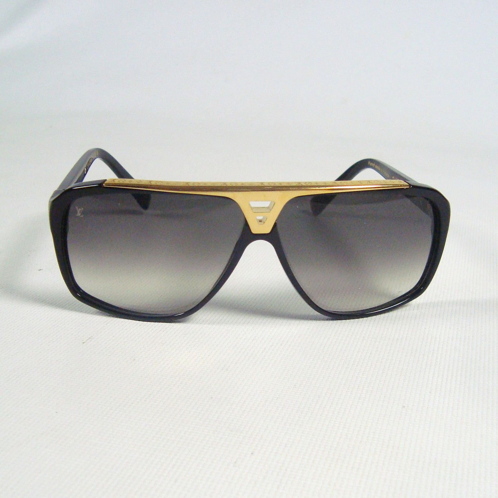 941cc78d0b55c Louis Vuitton Sunglasses (Men's Pre-owned Black & Gold Aviator Sun ...
