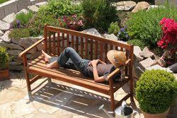 Gemütliche Ecke im Garten schaffen Welcher Stil passt zu