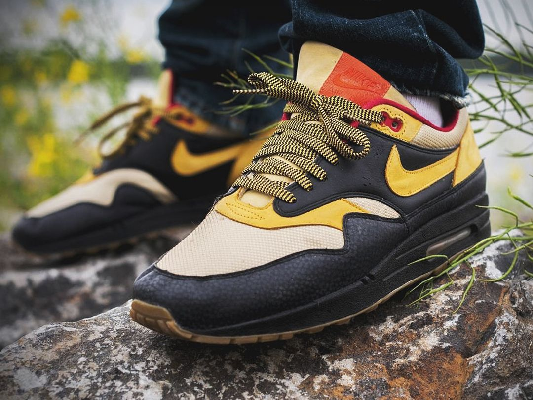 the best attitude 1f71b c2dba Nike Air Max 1 Supreme Tech Pack 2 - 2008 (by vicdamone1)