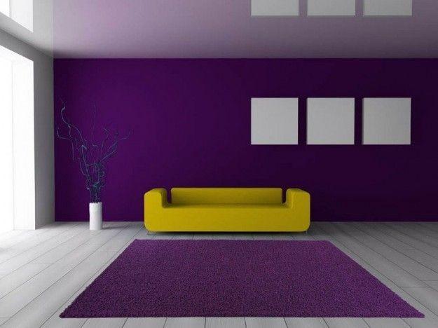 Soggiorno Viola ~ Abbinare divano alle pareti viola e giallo viola living rooms