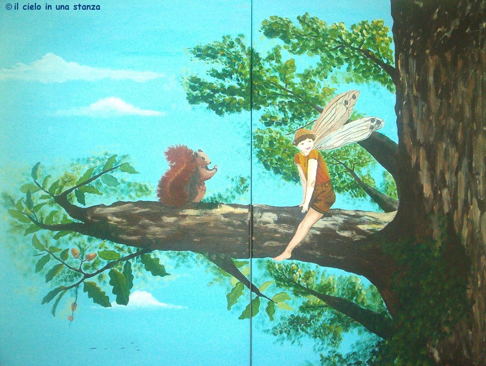 """Dipinto su armadio in camera bimbi, dettaglio, """"Fatine dei fiori"""" artist: Daniela Ghione"""