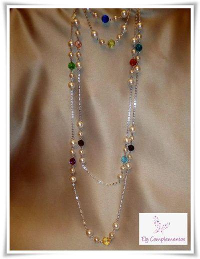 8c49c60d3500 Collar largo de cadena de plata con perlas blancas y popurrí de colores de  cristales de Swarovski. (Ref  CO201212 10)  bisuteria  collares  swarovski