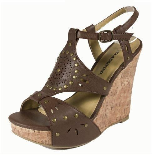 Metal Studded Wedge #sandals #wedges #shoes #fashion