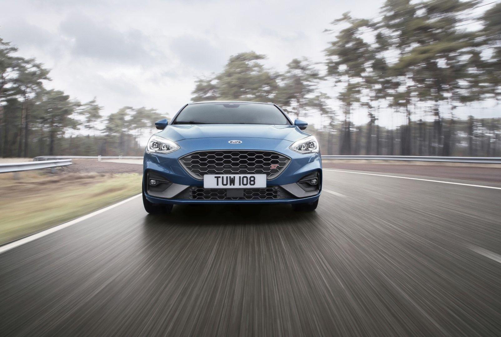 2019 Ford Focus ST. 2.3L EcoBoost, 280 HP, 310 lbft