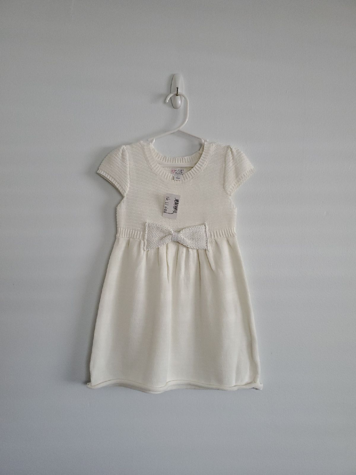 Oshkosh B Gosh Toddler Girls Eyelet Dress White 3t Toddler Girl S Toddler Girl Dresses White Eyelet Dress Girls White Dress [ 1000 x 1000 Pixel ]