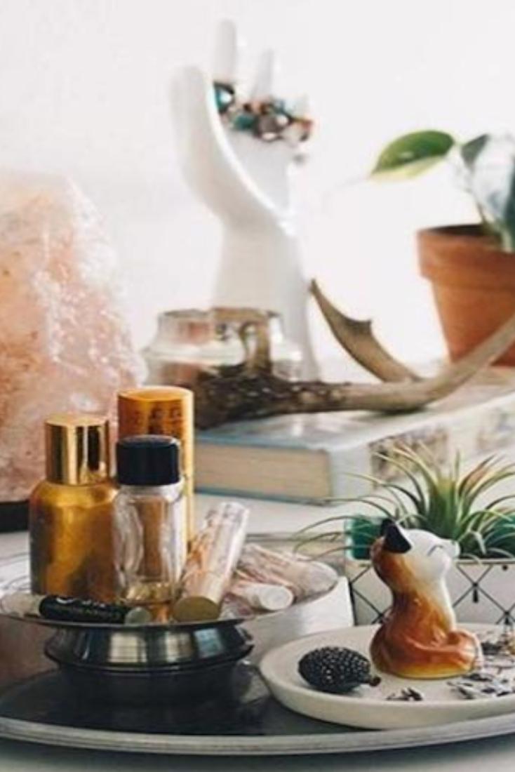 How To Decorate With A Himalayan Pink Salt Lamp Salt Lamp Decor