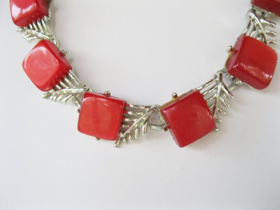 Christmas Red and Green #Teamlove  Vintage fashion and jewelry by cindy cooley on Etsy