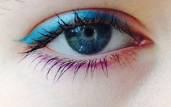 Eyeliner makeup idea
