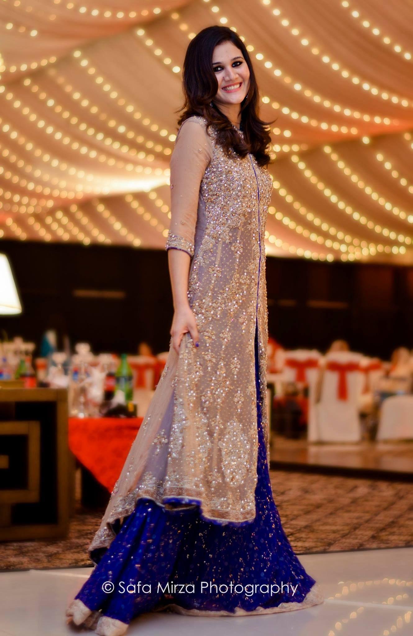 Fashion style Dresses stylish for pakistani weddings for lady