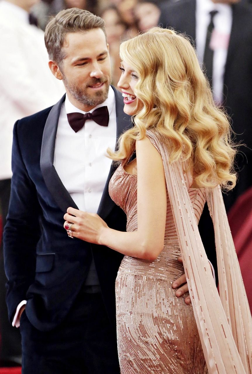 Anna faris wedding dress  Seeking The South  L O V E  Pinterest  Blake Lively Ryan