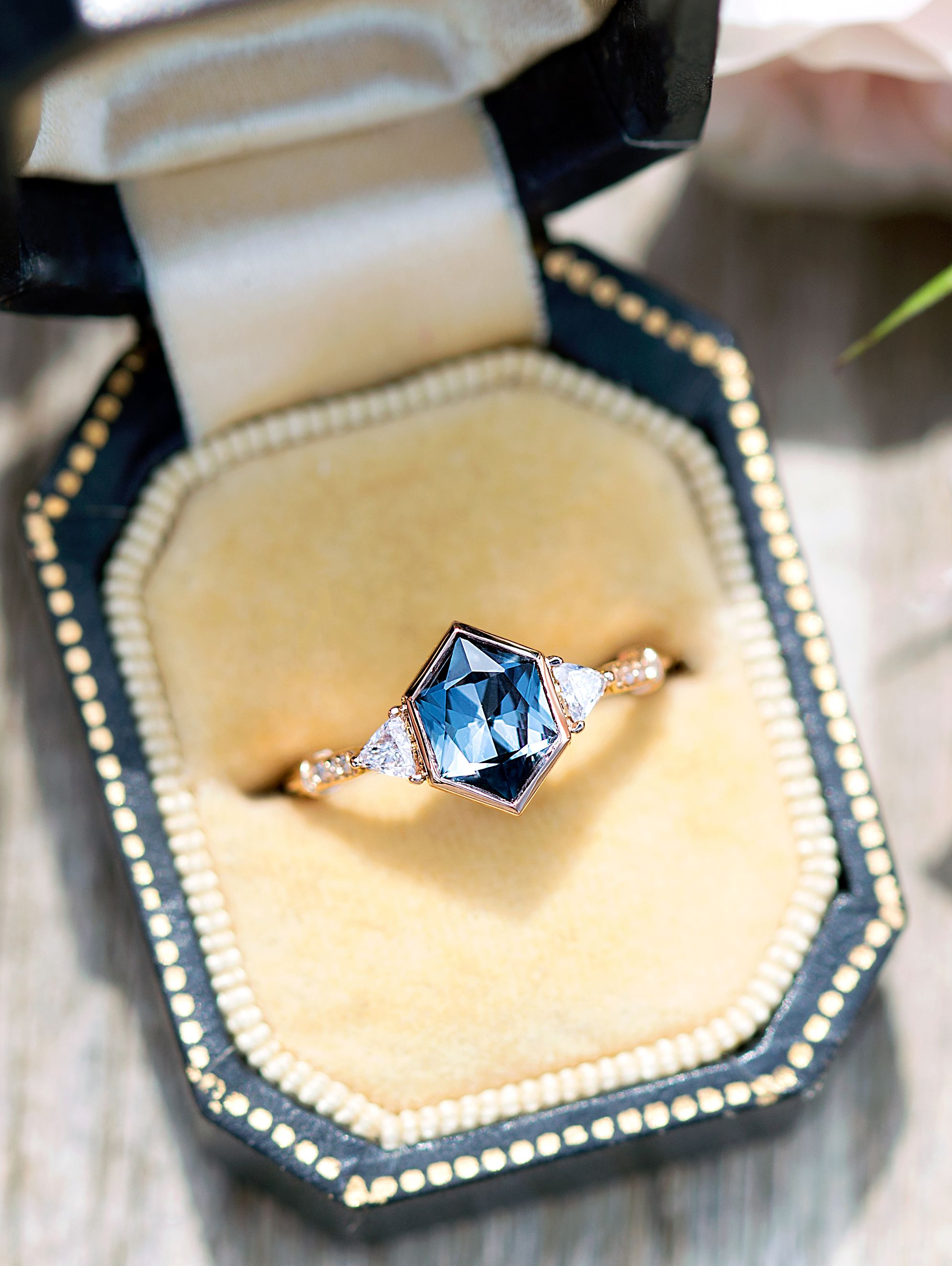 Hexagon All Natural Montana Sapphire Vida Ring Ever On The Quest For The Rarest Most Beautiful And Ethically Sourced Gem Dream Jewelry Jewelry Jewelry Rings