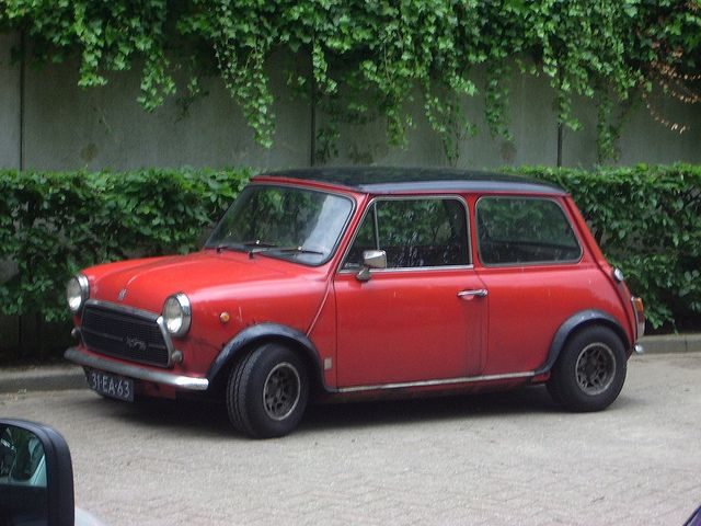 austin mini cooper 1300 austin mini mini morris. Black Bedroom Furniture Sets. Home Design Ideas