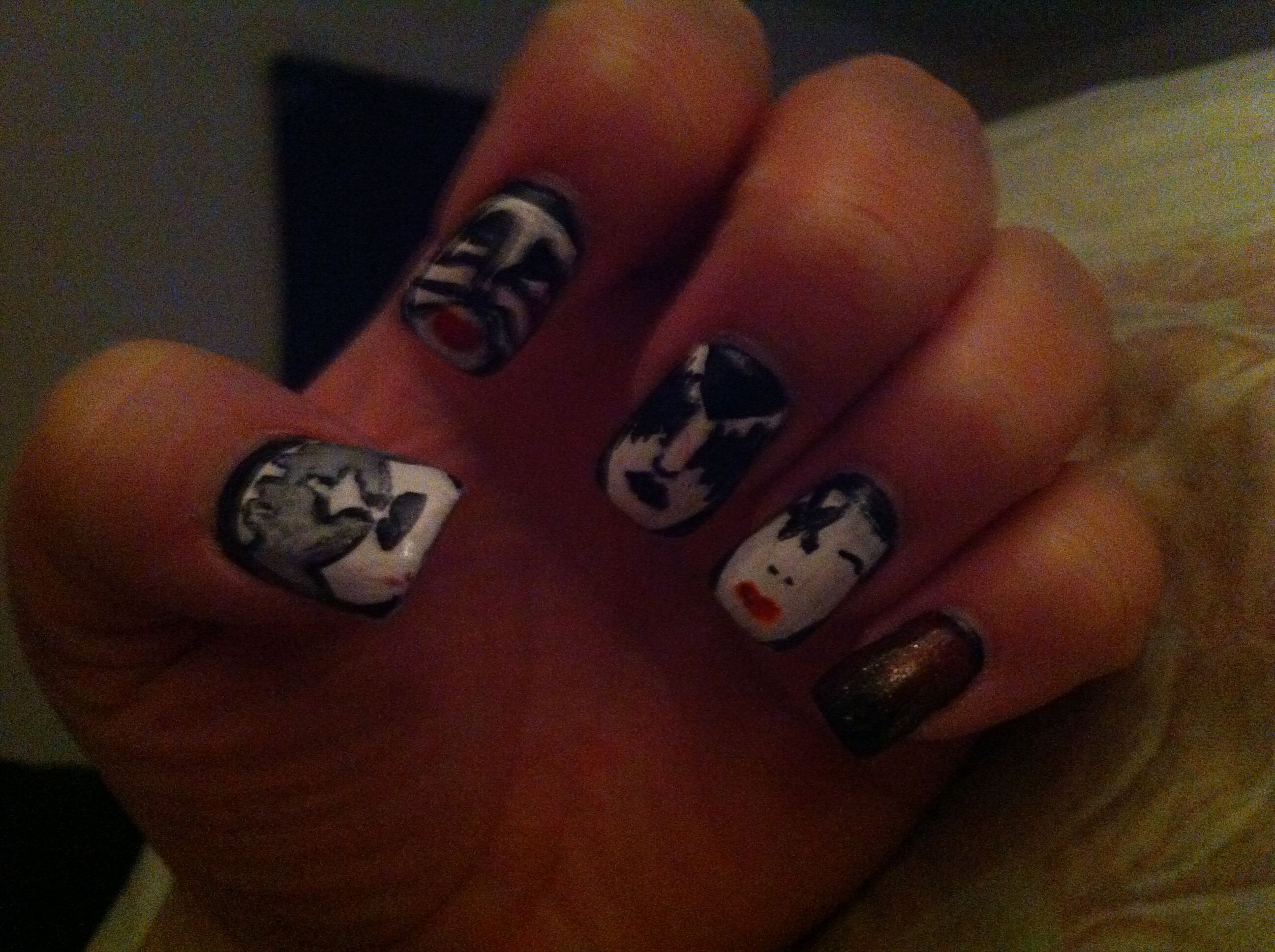 Heres A Close Up Of My Nail Art That I Did For The Kiss And Def
