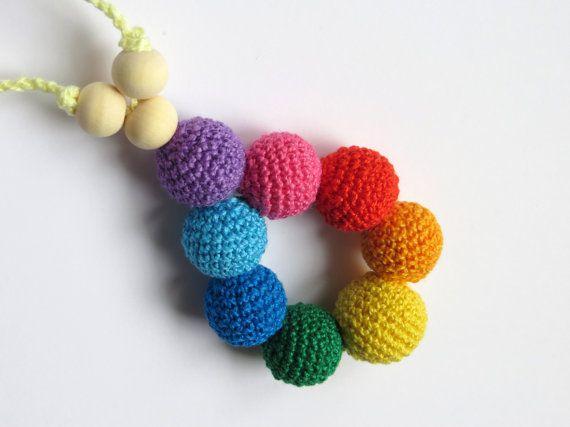 ON SALE Petite Rainbow nursing pendant necklace di Meiroadas