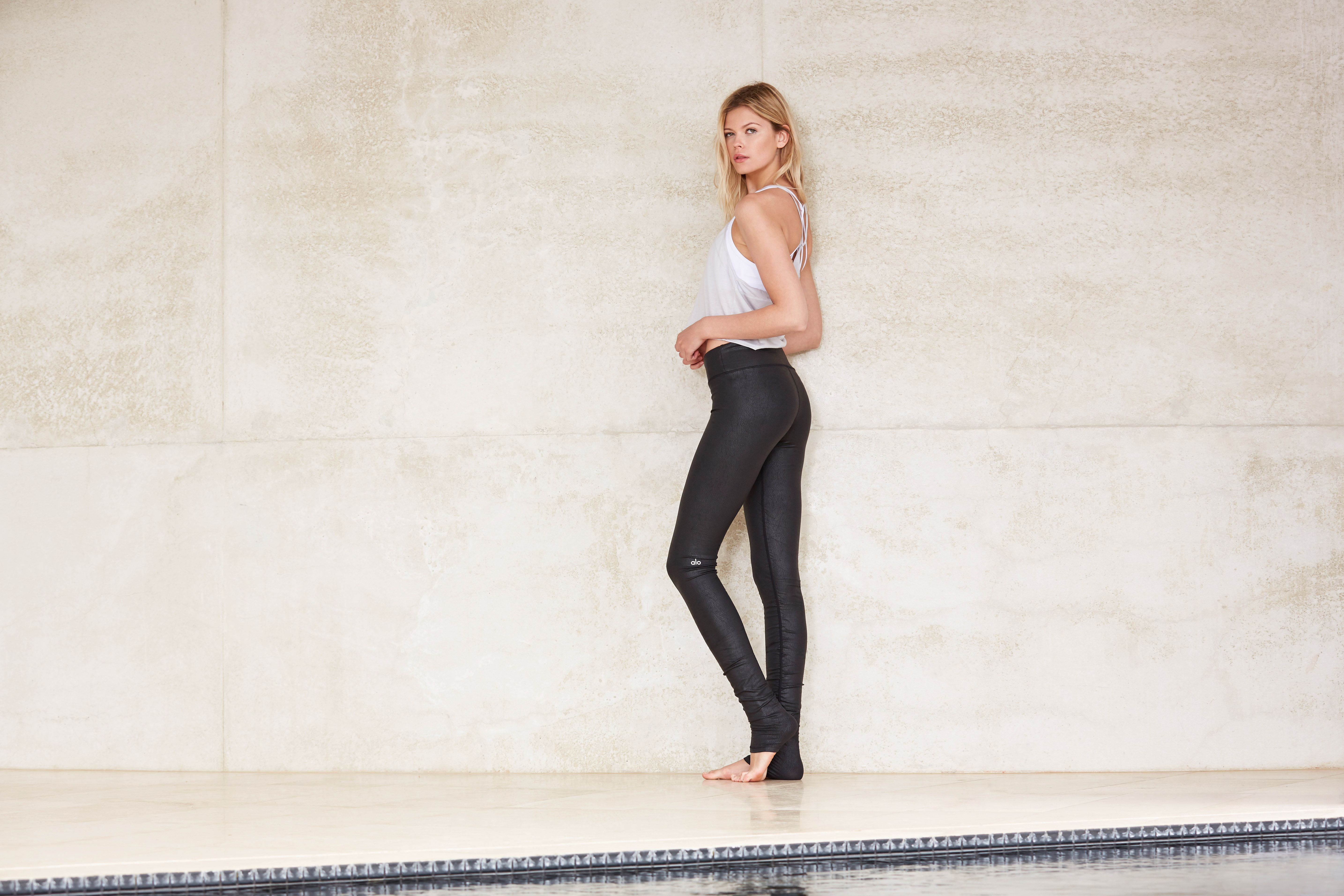 67bf4319e43d7 ALO YOGA || Idol Legging in Black Performance Leather and Curve Tank in  Mist #aloyoga #beagoddess