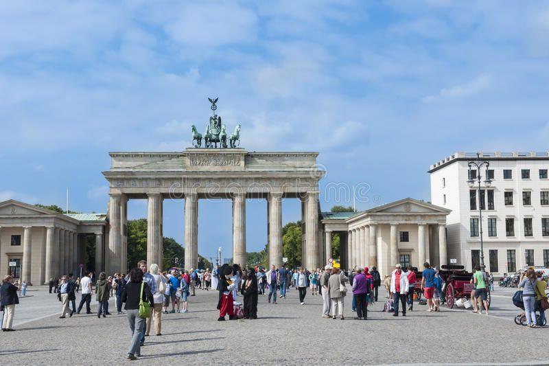Brandenburg Gate Berlin Brandenburger Tor Brandenburg Gate In Berlin And P Sponsored Brandenburger Tor Paris Brandenburg Gate Brandenburg Berlin
