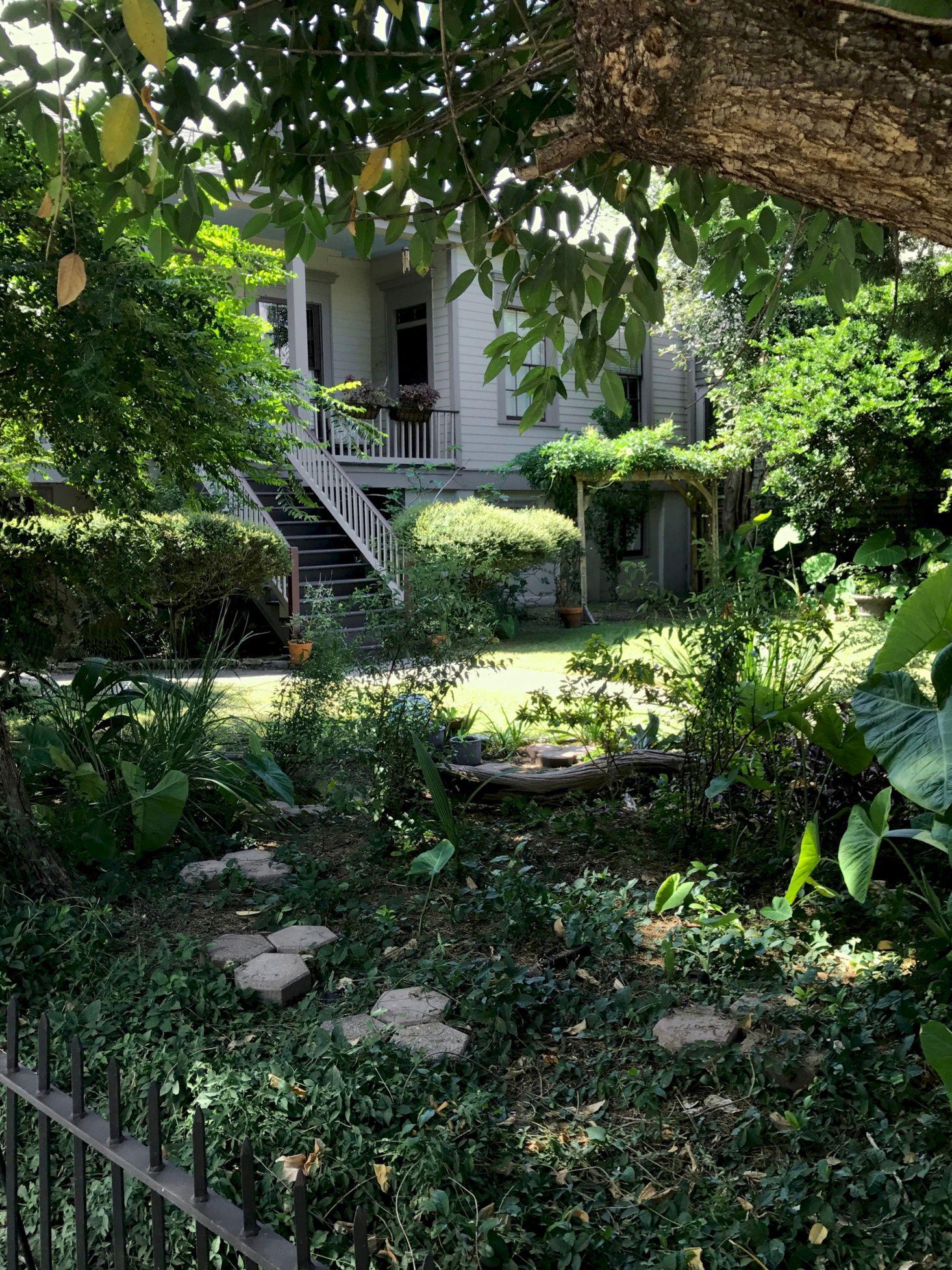 10 Garden Ideas to Steal from New Orleans Gardenista