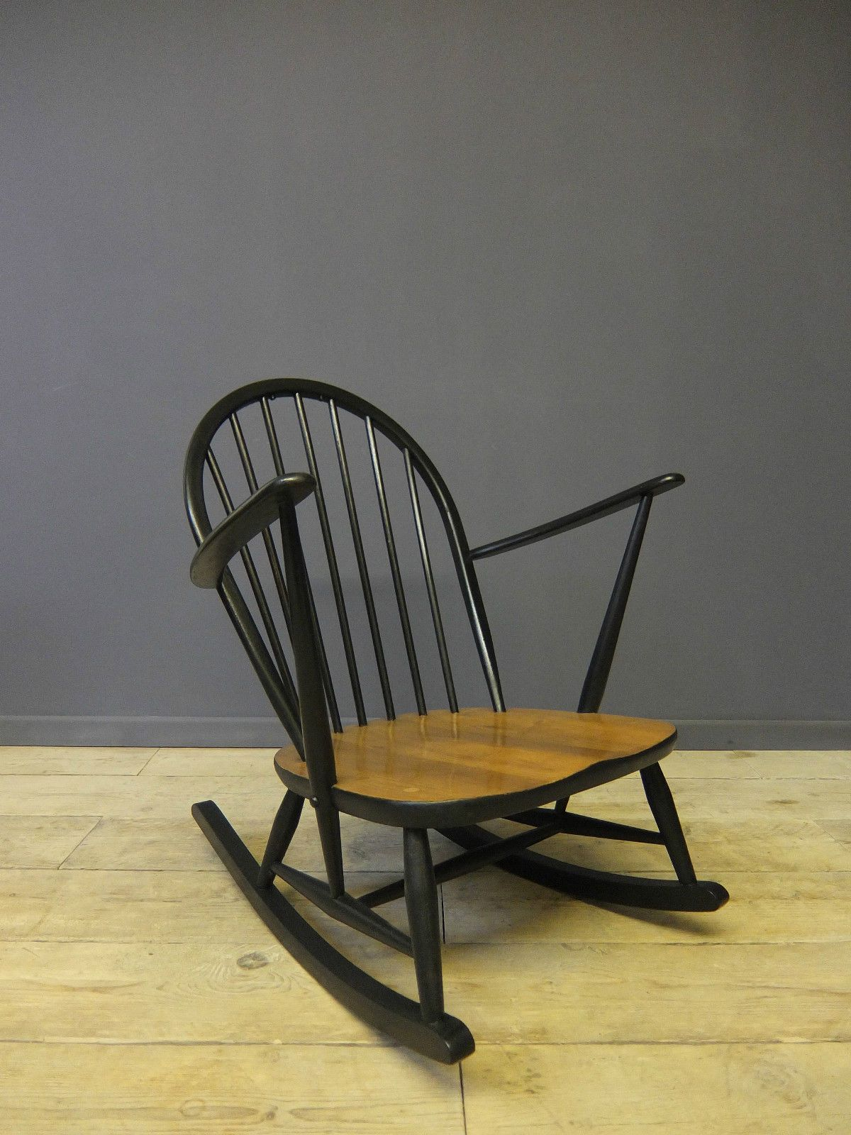 Vintage retro ercol drop leaf round dining kitchen table ebay - Ercol Rocking Chair Mid Century Vintage Retro