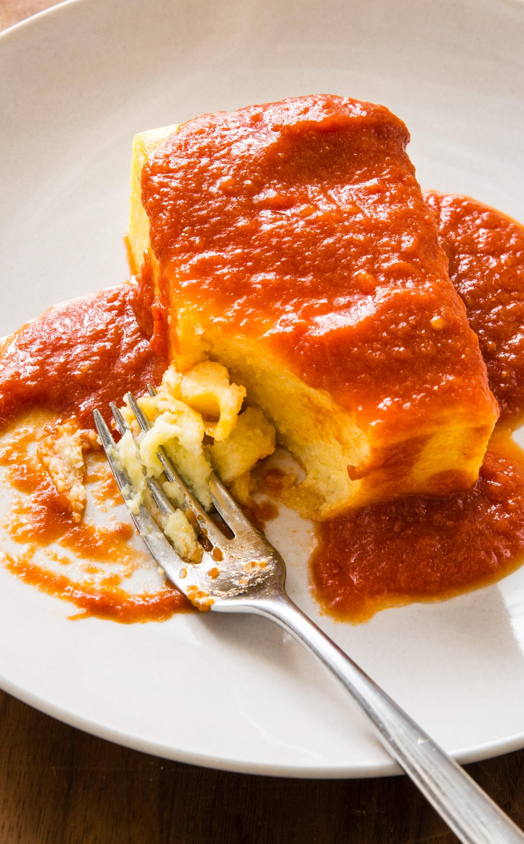 Baked Polenta With Red Sauce Inspired By Mike S Kitchen In Cranston Rhode Island This Baked Polenta Is Both Light And Satisfyi Baked Polenta Recipes Polenta