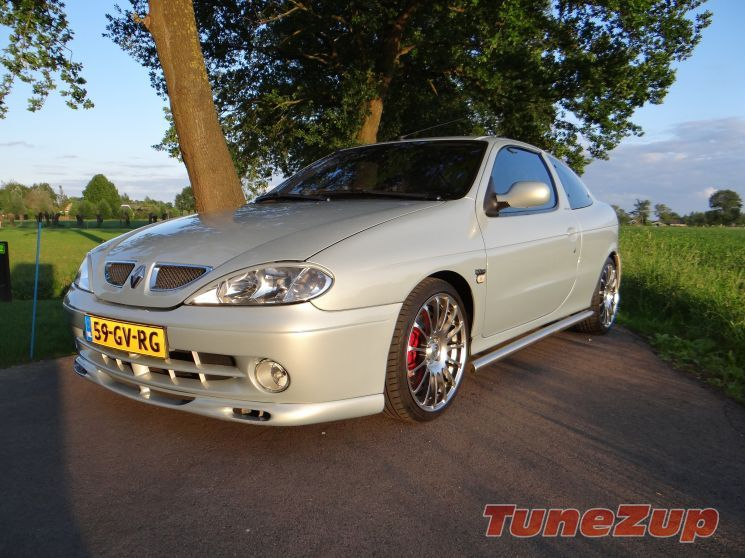 For Sale Modified Renault Megane Coupe 2 0 Ide Privilege