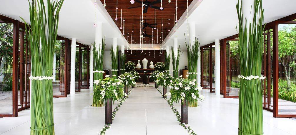 Romance weddings sarojin khao lak thailand boutique for Thai decorations ideas
