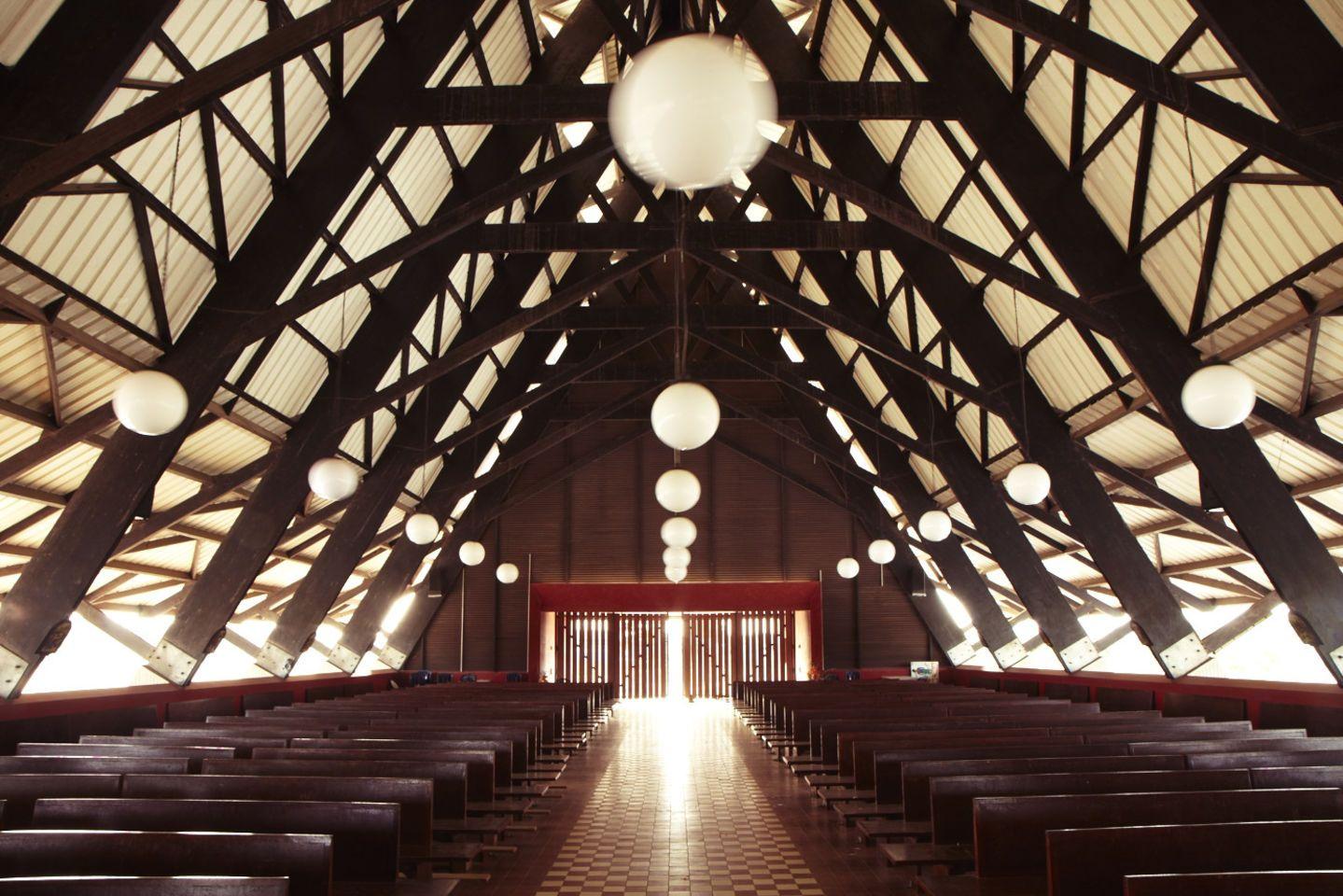 Koffi & Diabaté Architectes, François‐Xavier Gbré · The Assinie‐Mafia Church · Divisare