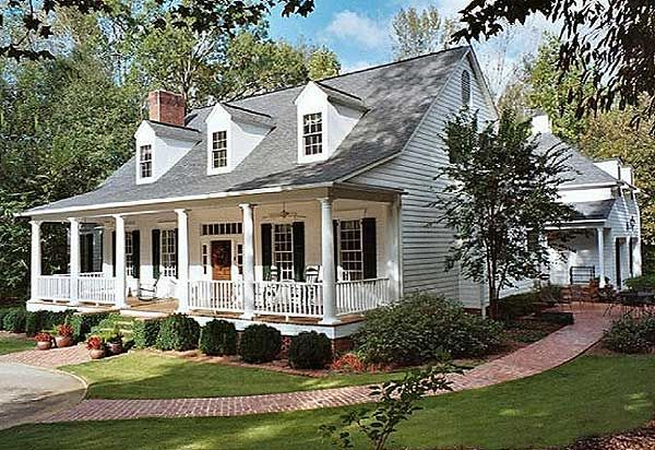 Plan 32533wp Charming Country Home Plan Southern House Plans Country House Plans House Plans