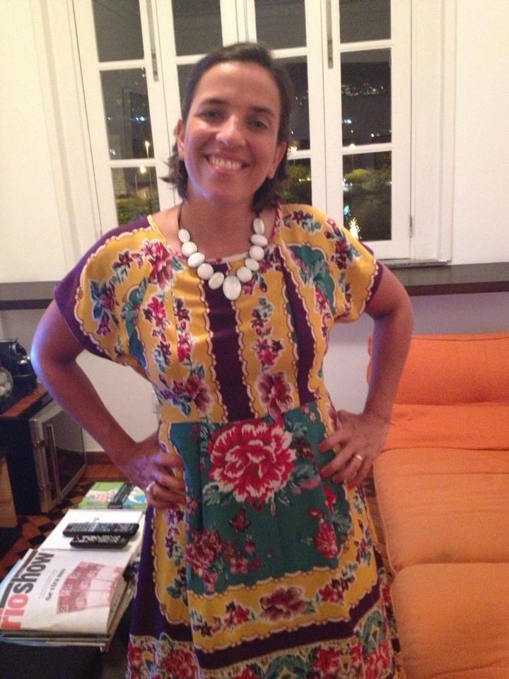 Luiza Maggessi, em Rio de Janeiro, usando 'Maxi Lua'