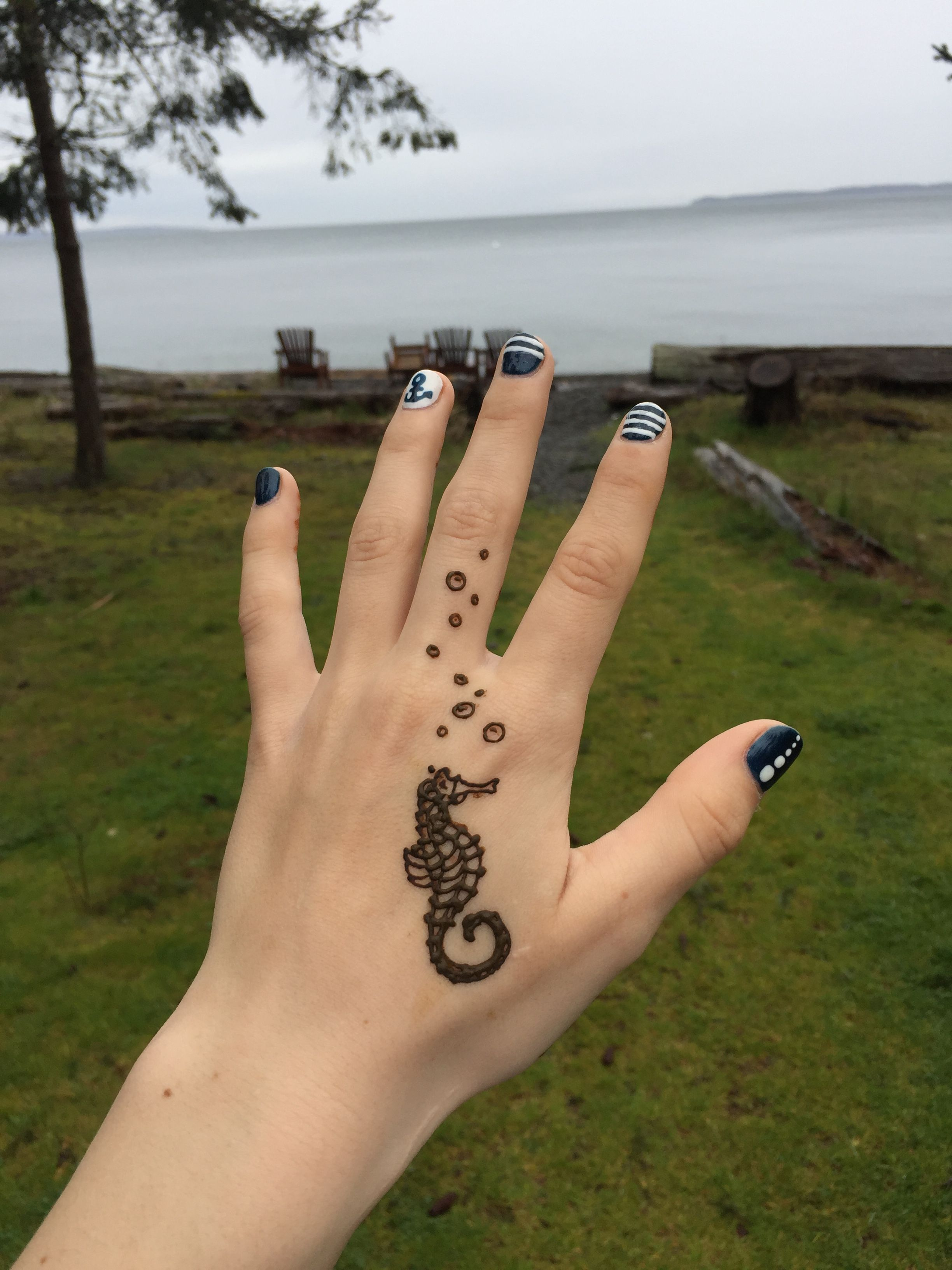 Small Henna Wrist Tattoos Sea Turtle And Lotus Infinity: Insta>>>sher.henna Seahorse Henna! Pinterest