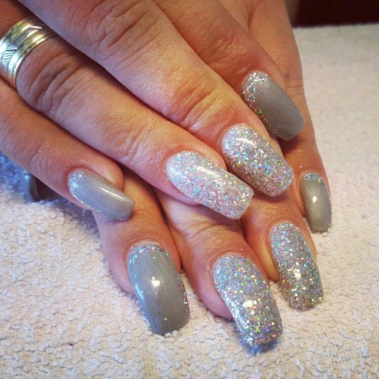 jule lvl beauty nails fullcover grau nails design pinterest nagelschere. Black Bedroom Furniture Sets. Home Design Ideas