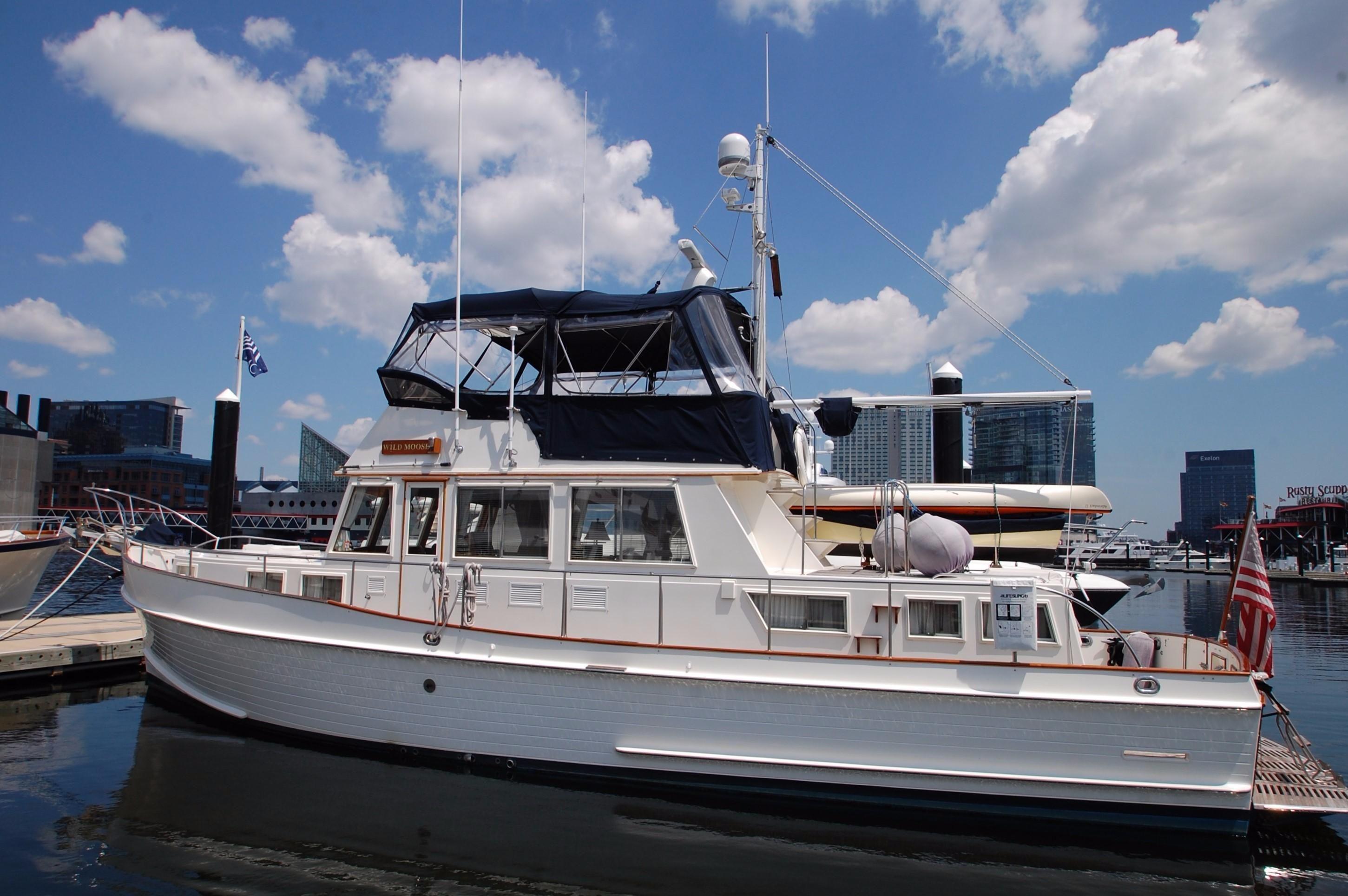 water hinckley barrier robb speed cabins s marine cruiser the motors report cabin break boat sport boats
