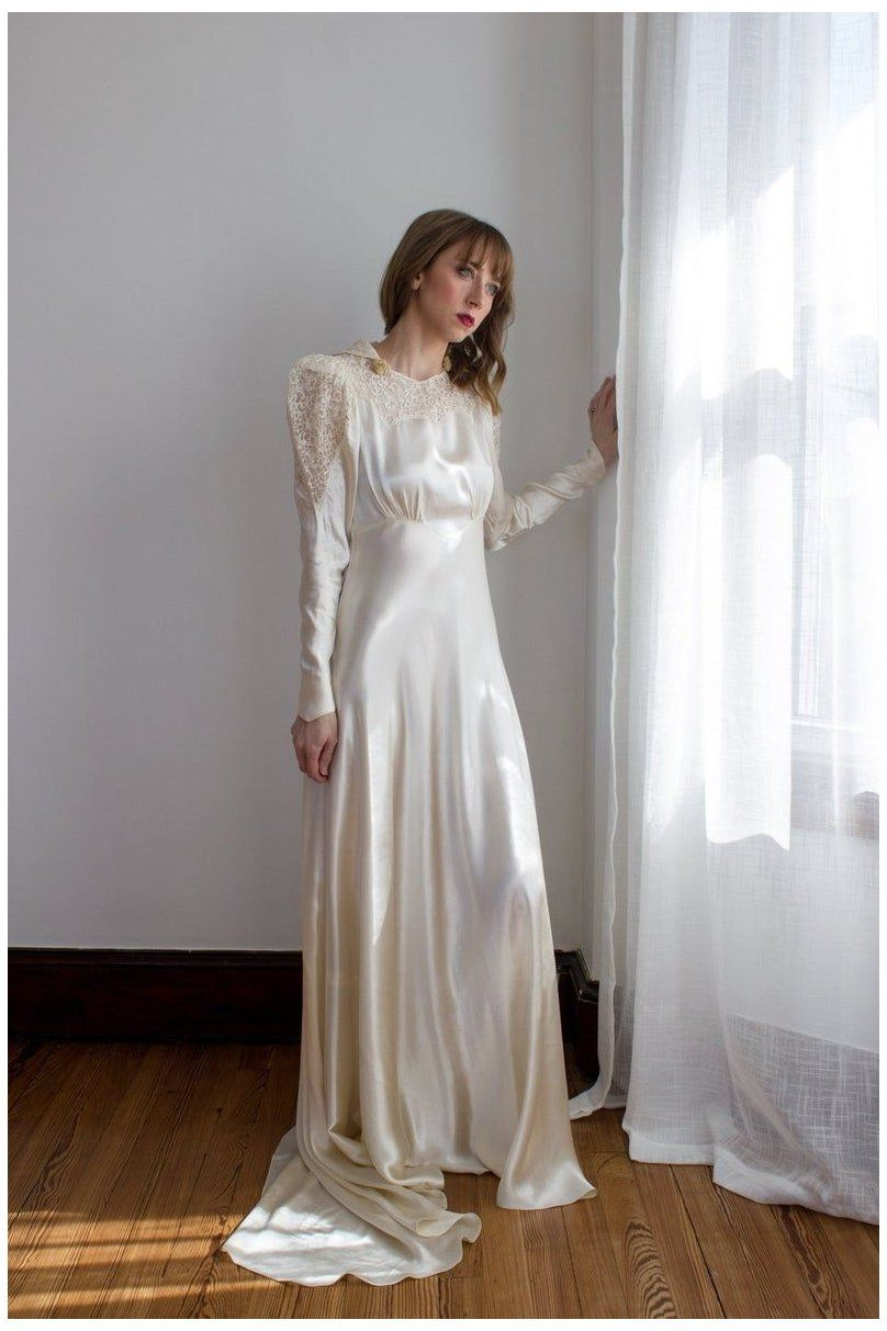 1930 S Silk Satin Long Sleeve Wedding Gown Puffed Long Sleeves Wax Flowers Size Xs Silk Wedding Gown Wedding Gowns With Sleeves Long Sleeve Wedding Gowns [ 1213 x 808 Pixel ]