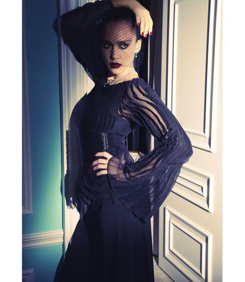 Jessica Alba wearing top Oscar de la Renta, & pants by Ralph Lauren