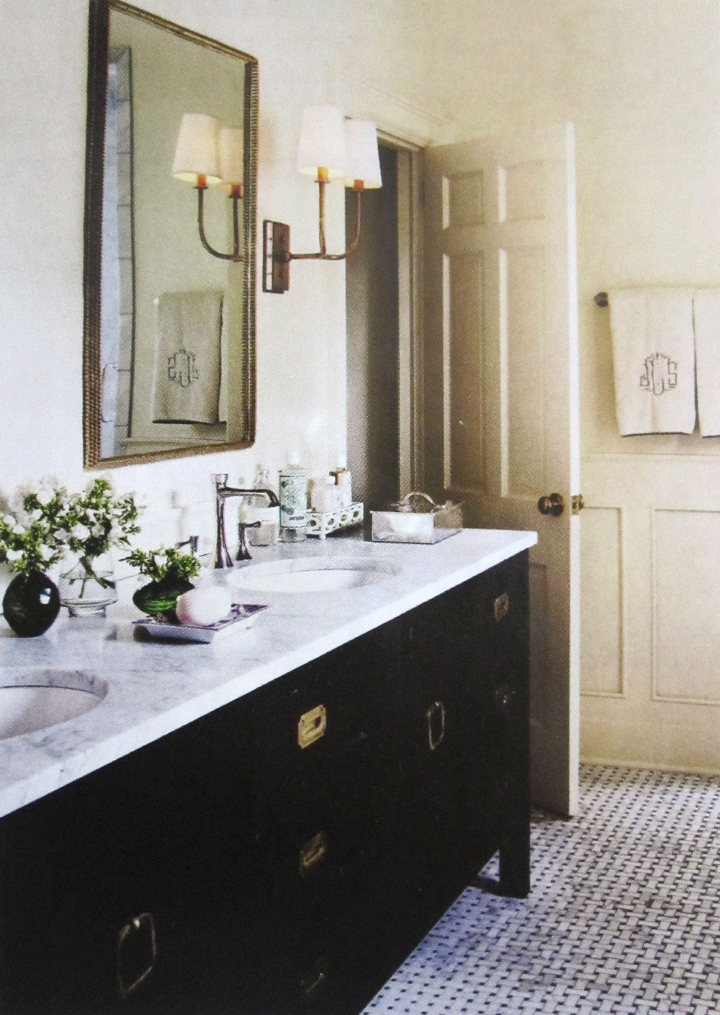 A Little Bit Of Everything From Barrie Benson And Others Bathroom Inspiration Beautiful Bathrooms Black White Bathrooms