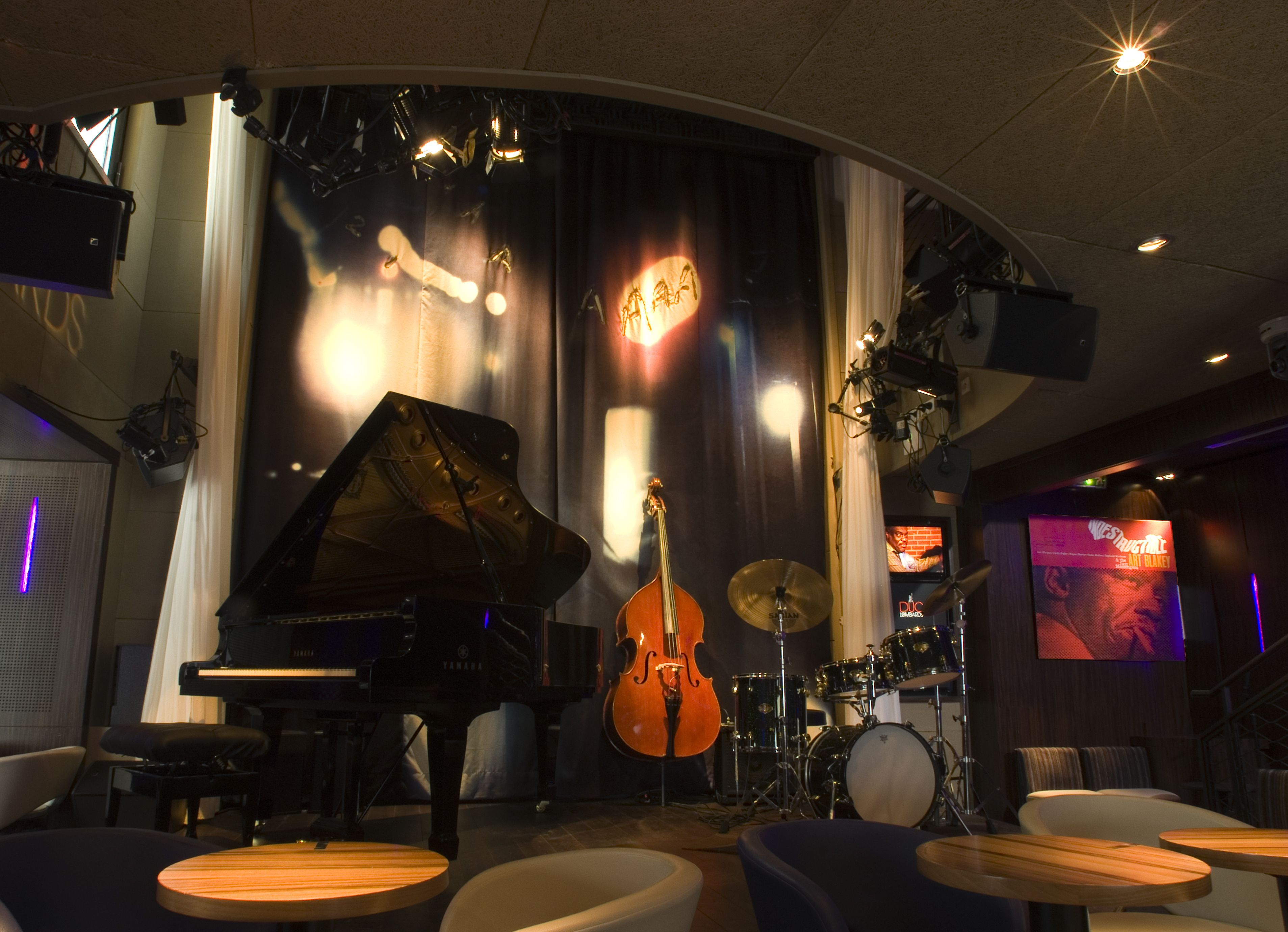 Jazz Club Decor The Designer Has Positioned Himself As